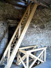 Лестница на вершину башни крепости в Каменец - Подольском