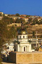 Південний фасад севастопольської каплиці Феодосія Чернігівського