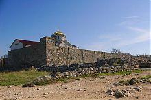 Северный угол собора святого Владимира в заповеднике Херсонес Таврический
