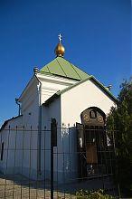 Центральний вхід севастопольського Свято-Мітрофаніевского храму