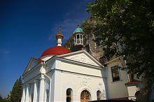 Храм великомученика Пантелеймона инкерманского монастыря в Инкермане