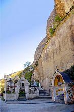 Святой источник бахчисарайского Свято-Успенского мужского монастыря