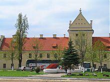 Северо-восточный фасад Жолкевского замка
