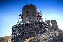 Консульский замок балаклавской крепости Чембало