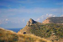 Восточный склон скалы Мытилино в Балаклаве