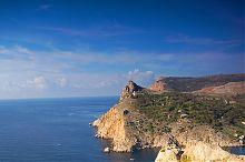 Скала Митіліно на західному схилі Балаклавської бухти