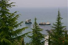 Скалы Три сестры, Верблюд и Черепаха в поселке Утес