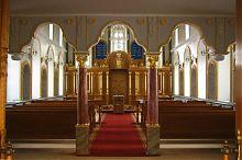 Внутреннее пространство Большой кафедральной кенасы в Евпатории