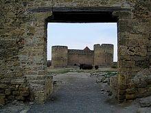 Вхід в Гарнізонний двір фортеці у Білгород-Дністровському