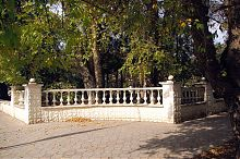 Південно-східний кут скверу ім. Гоголя в Євпаторії