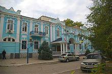 Центральный фасад бывшего доходного дома П.Э. Давыдова в Евпатории