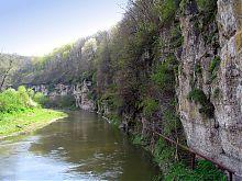 Один з крутих поворотів річки Смотрич