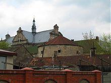 Юго-восточный угол бывшего монастыря ордена доминиканцев в Жолкве