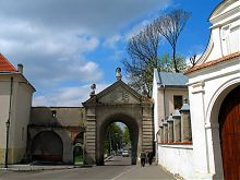 Восточный фасад жолкевских Глинских ворот