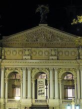 Центральний фасад Національного академічного театру опери та балету ім. Соломії Крушельницької Львова