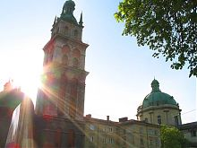Вежа Корнякта львівській Успенській церкві