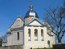 Юго-восточный фасад свиржского костела Успения Пресвятой Богородицы