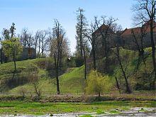Набережная замкового парка в Свирже