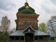 Західний фасад Миколаївської церкви в Сасіві