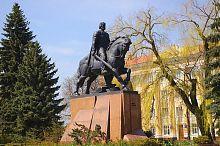 Монумент Данилові Галицькому на тернопільській площі Свободи