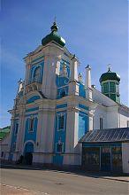Западный фасад бывшего францисканского кременецкого монастыря