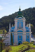 Надвратная башня-колокольня францисканского монастыря в Кременце