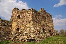 Южная башня замка Потоцких в Золотом Потоке