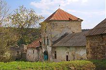 Надбрамна вежа фортеці в Золотому Потоці