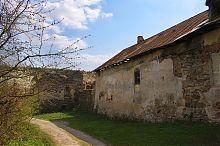 Північно-східна оборонна стіна Золотопотіцького фортеці
