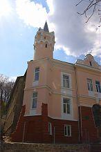 Восточная башня бучачского районного Дома культуры