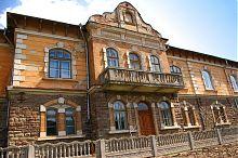 Центральний фасад бучацької музичної школи