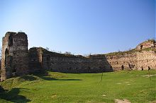 Внутрішній фасад південної куртини Бучацької фортеці