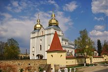 Южная башня оборонного периметра теребовлянского кармелитского монастыря