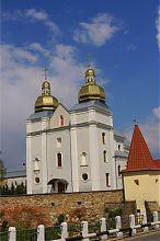 Центральний фасад теребовлянської церкви святого Володимира