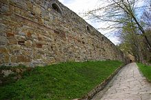 Восточная оборонная стена теребовлянского замка