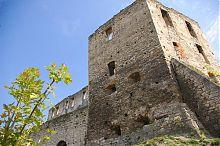 Юго-западная пятигранная оборонная башня Чортковского замка