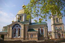 Північний фасад церкови Святої Покрови Чорткова