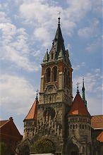 Головний фасад чортківського домініканського костелу