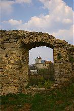 Південний фасад домініканського костелу Сидоріва (вид з замку)