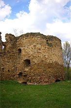 Південно-східна вежа замку в Микулинцях
