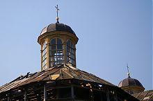 Фонарь западной часовни замкового костела Святой Троицы в Бережанах