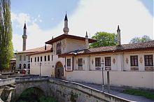Корпус свиты с внешней стороны дворца в Бахчисарае