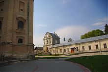 Хозяйственный корпус северной оборонной стены збаражского монастырского комплекса