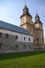 Восточный келейный корпус бернардинского монастыря в Збараже