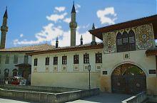 Северные ворота дворца в Бахчисарае