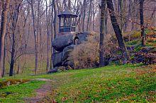 Тарпейська скеля в уманській Софіївці