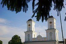 Башни-колокольни костела свтого Юзефа Обручника в Немирове
