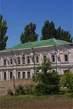 Юго-восточный фасад бывшего дома купца Павла Захарьина в Запорожье