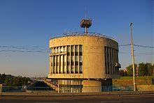 Вежа управління запорізького Нового шлюзу