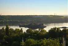 Восточная часть Дубового острова на Днепре в районе Хортицы